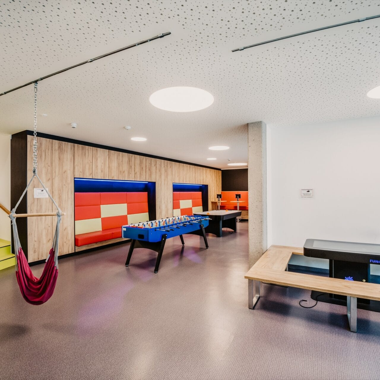 hofgut-apartment-lifestyle-resort-familienurlaub-gamesarea