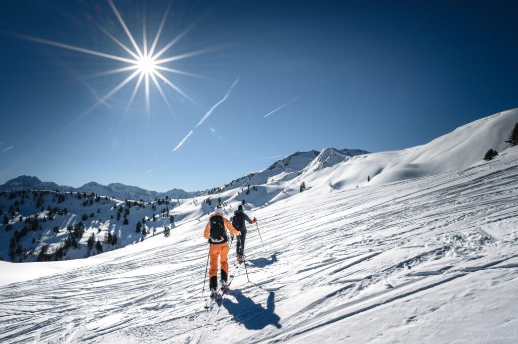 Hofgut-apartment-lifestyle-resort-Erleben-im-Hofgut-fuer-Sportler-Skitour-Berg
