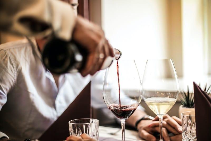 Hofgut-Apartment-Lifestyle-Resort-Kulinarik-vaMoos-Wein